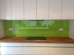 Crédence en verre laque vert
