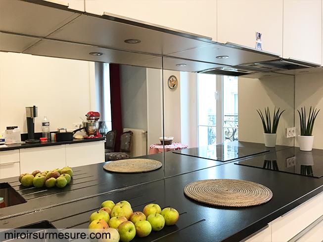 Cr dence miroir sur mesure pour votre cuisine for Devis cuisine sur mesure