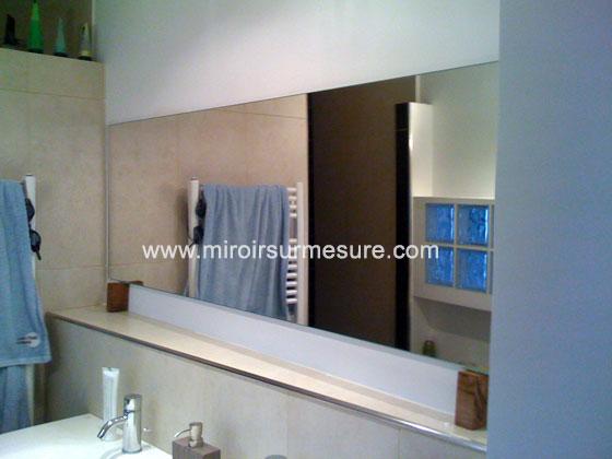 Miroir de salle de bain sur mesure, miroir argenté suspendu