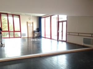Mur miroir pour salle de danse, mur recouvert de miroir école de danse