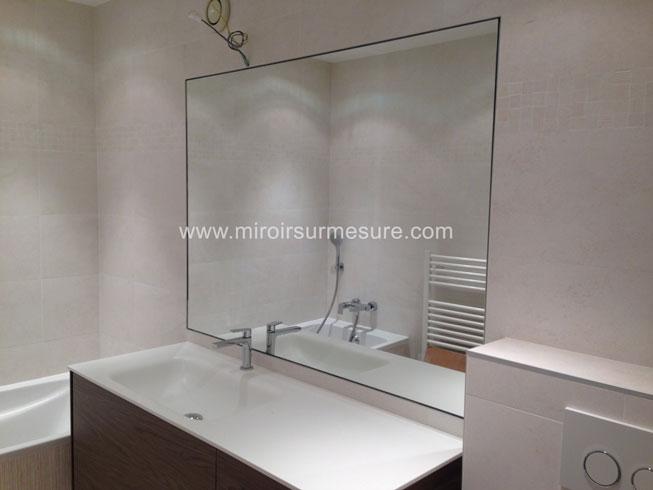 Miroir de salle de bain sur mesure devis imm diat - Miroir autocollant sur mesure ...