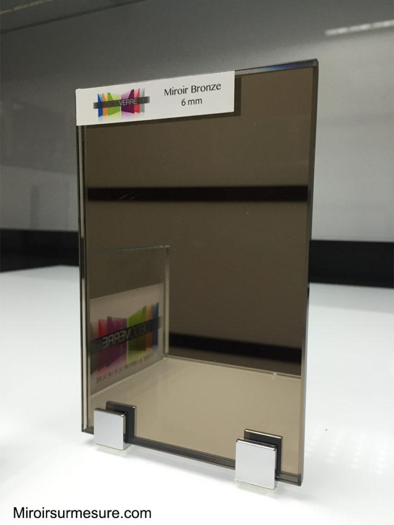 cr dence miroir sur mesure pour votre cuisine. Black Bedroom Furniture Sets. Home Design Ideas